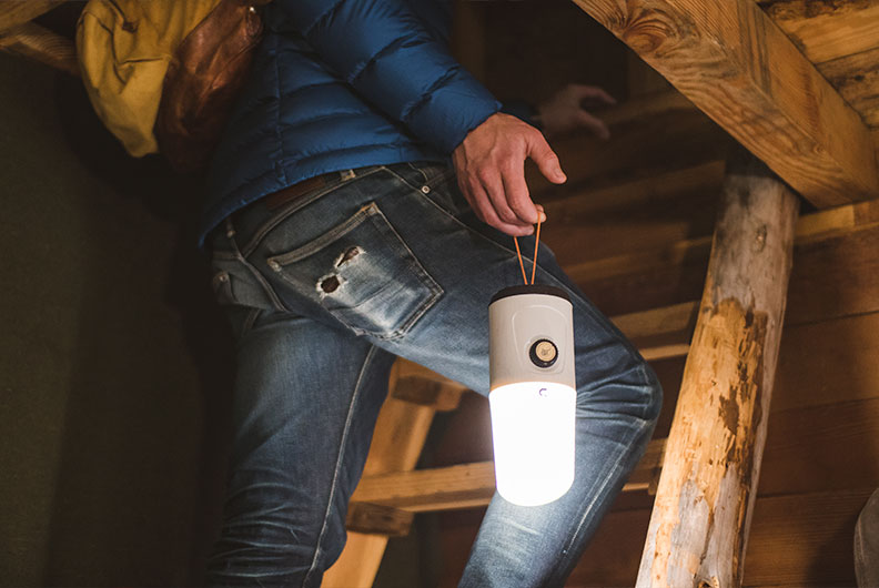 uco madrona led lantern
